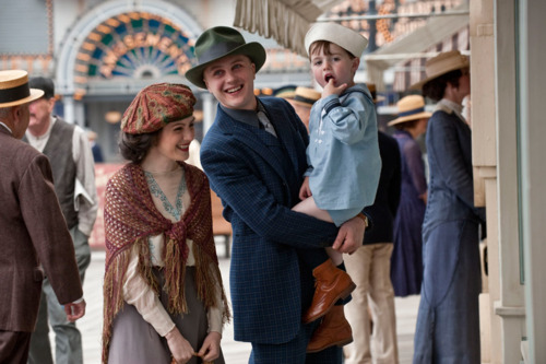 Fire and Blood Boardwalk-empire-darmody-family