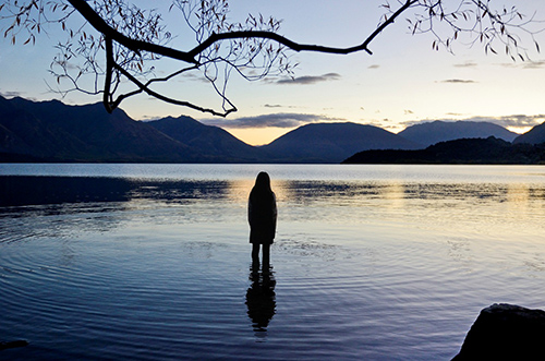 Jane Campion's TOP OF THE LAKE attempts to be haunting, but comes up all wet.
